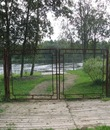Забор на  берегу р. Бурной